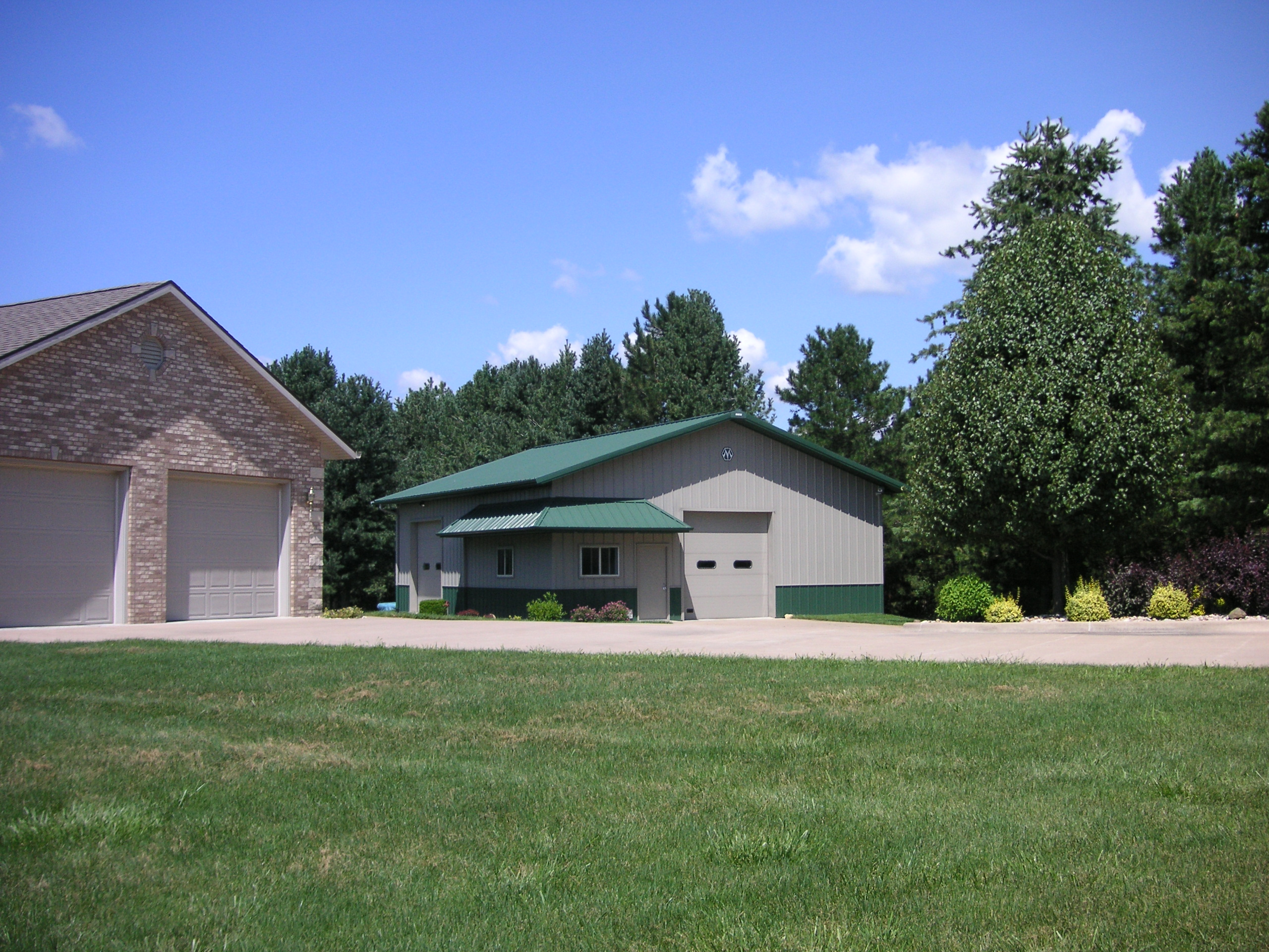 here is the quad cities house for sale with acreage you