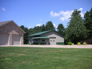 house-with-acreage-for-sale-has-large-insulated-shop